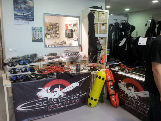 Stand esclapez spearfishing