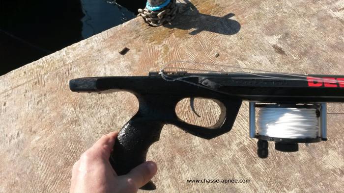 fusil roller bois sea devil de deep carbon